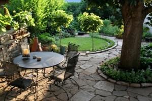 garden_patio-620x412